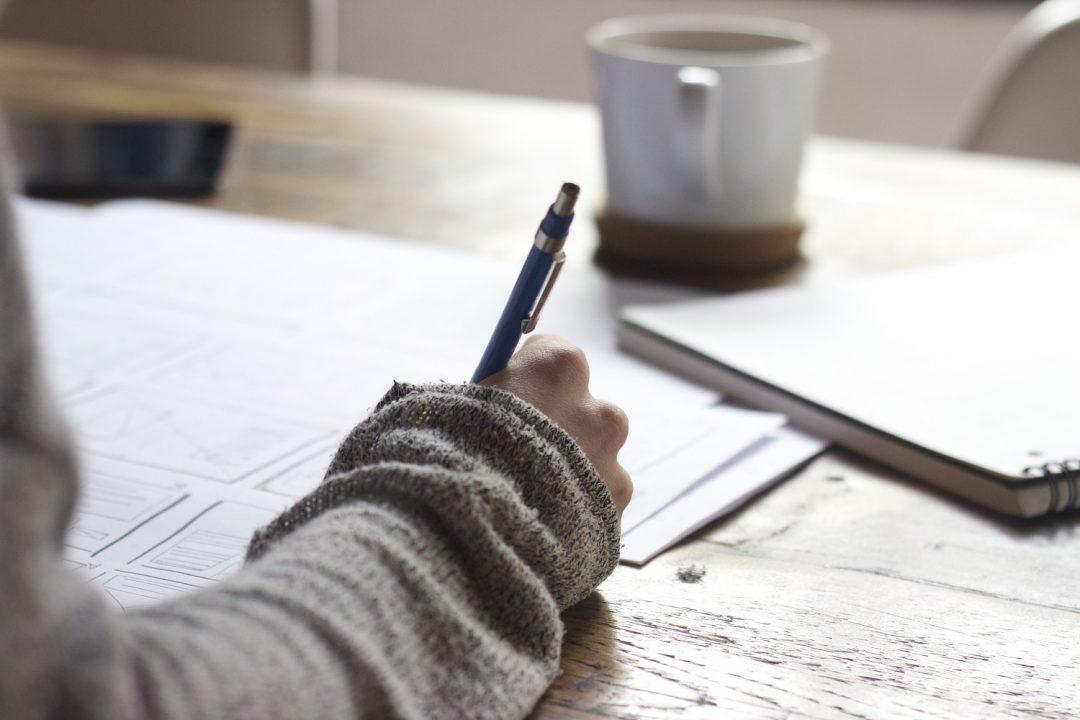 Escritor e café